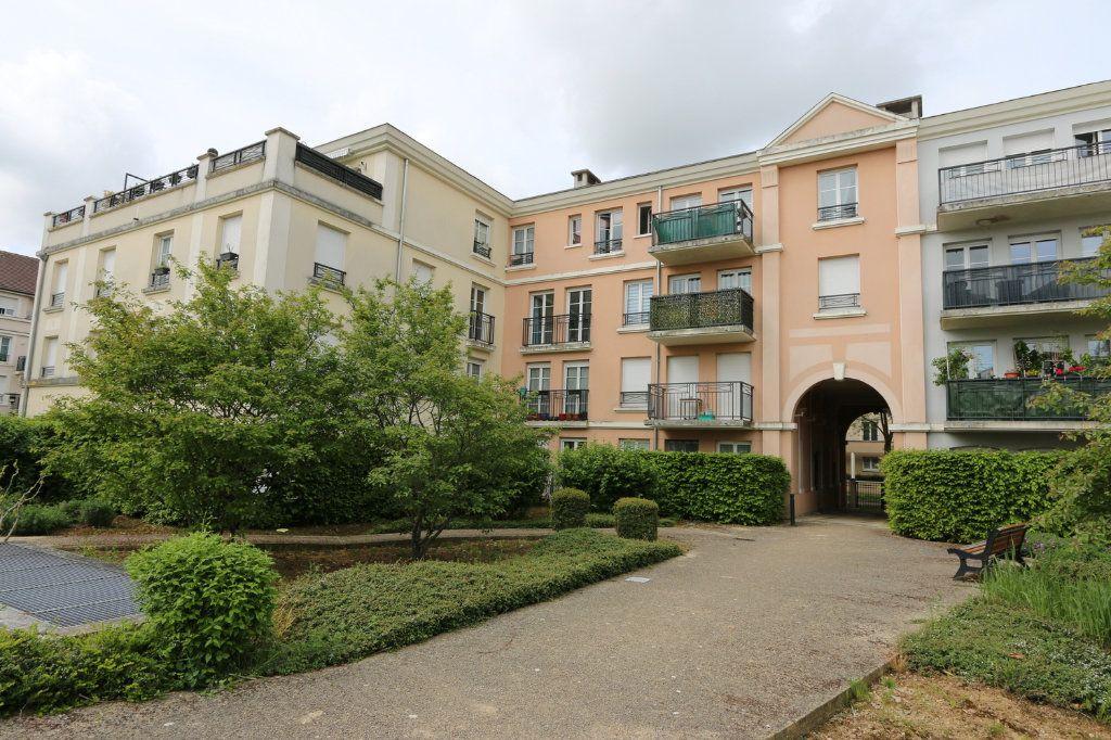 Appartement à vendre 1 29.53m2 à Bussy-Saint-Georges vignette-8