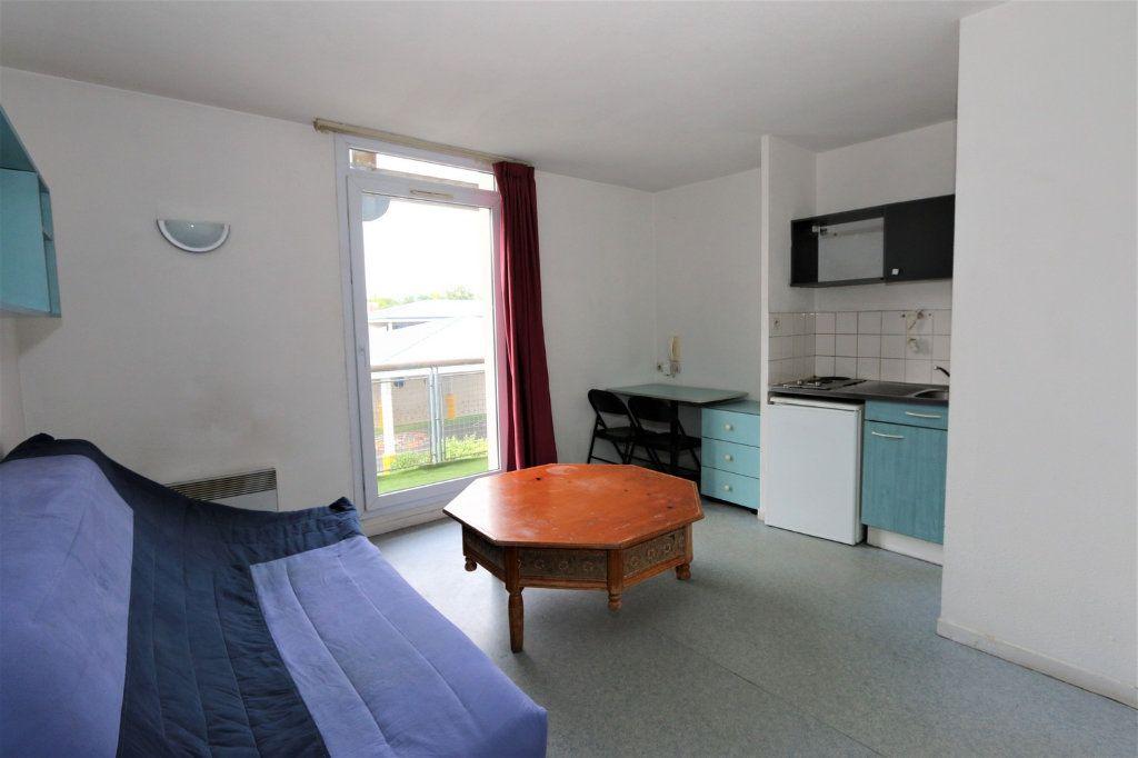 Appartement à vendre 1 18.97m2 à Bussy-Saint-Georges vignette-1