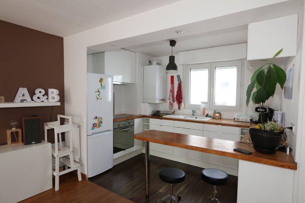 Appartement à vendre 3 69.3m2 à Bussy-Saint-Georges vignette-2