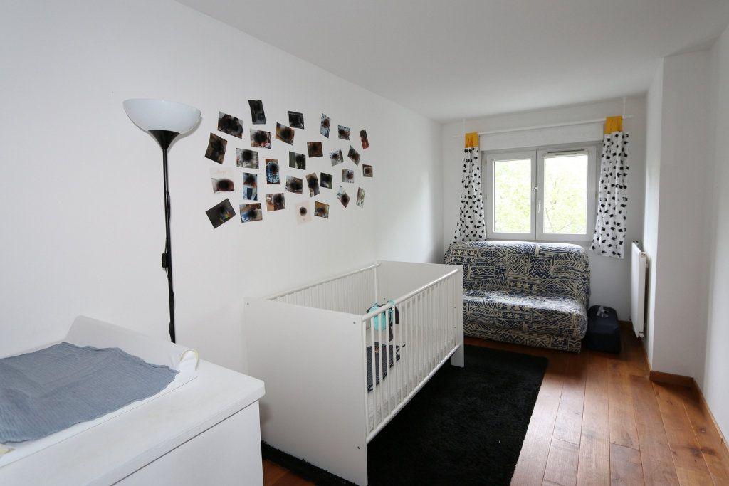 Appartement à vendre 3 69.3m2 à Bussy-Saint-Georges vignette-3