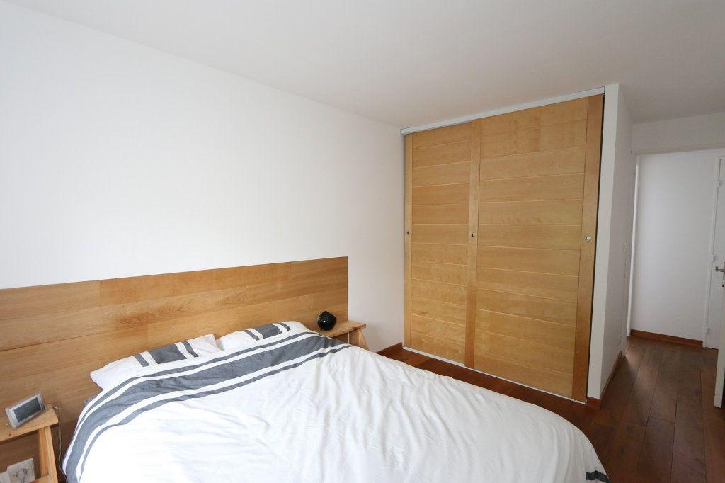 Appartement à vendre 3 69.3m2 à Bussy-Saint-Georges vignette-5