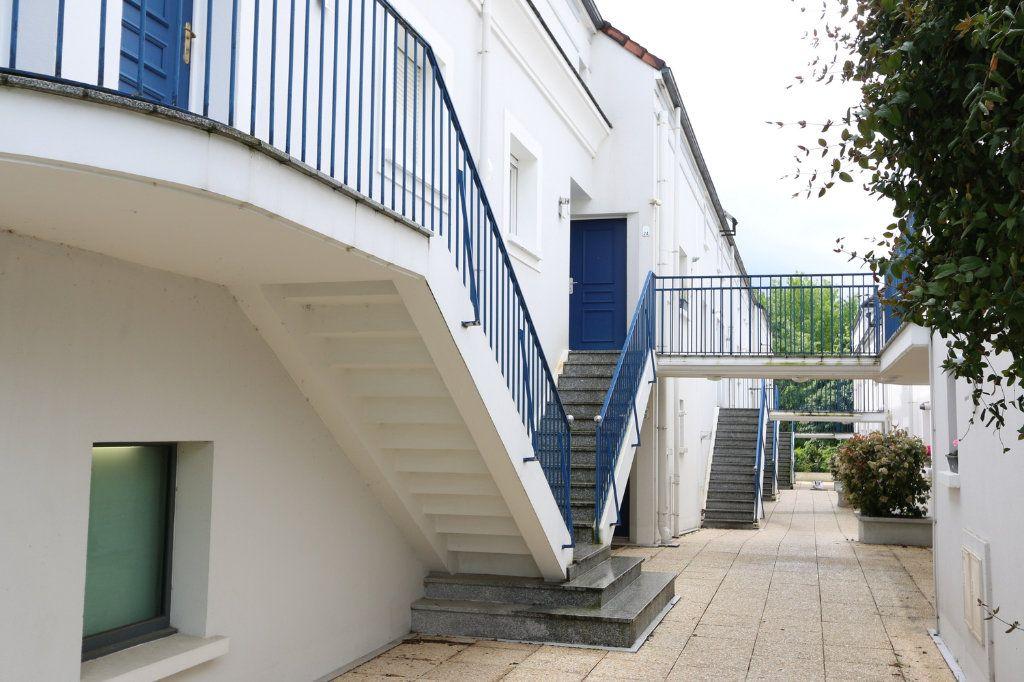 Appartement à vendre 3 69.3m2 à Bussy-Saint-Georges vignette-7