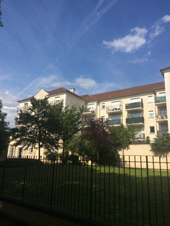 Appartement à louer 4 80.96m2 à Bussy-Saint-Georges vignette-1