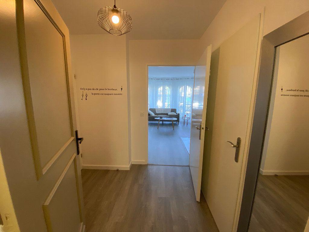 Appartement à louer 2 47.16m2 à Serris vignette-5
