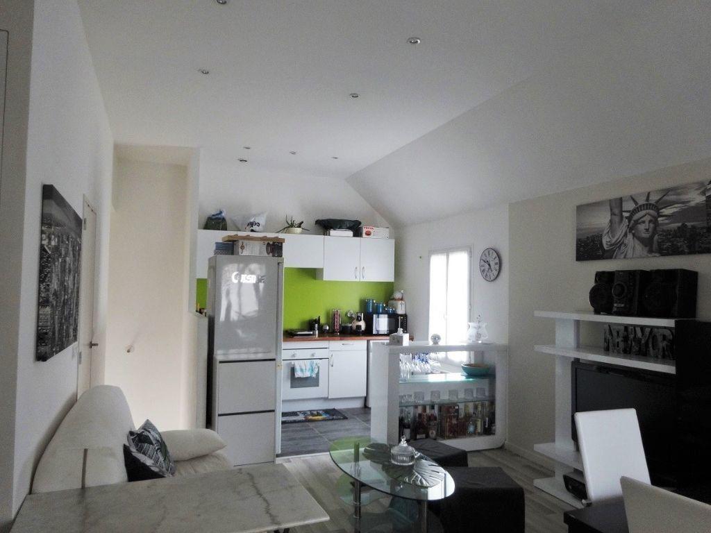Appartement à louer 1 34m2 à Ennery vignette-3