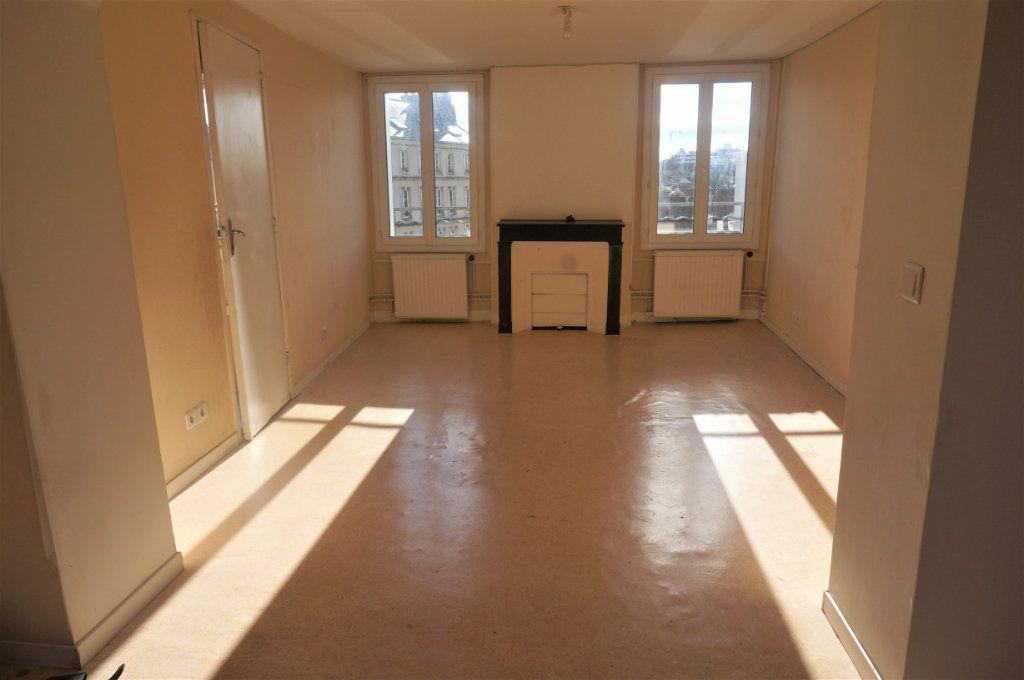Appartement à vendre 3 70m2 à Pontoise vignette-1