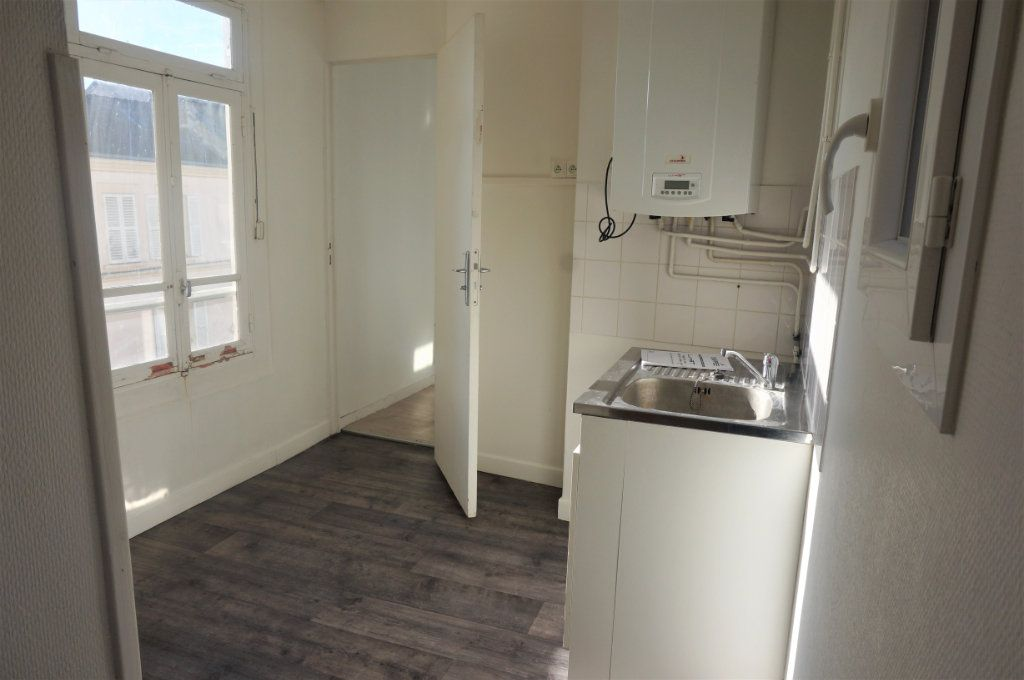 Appartement à vendre 3 70m2 à Pontoise vignette-2