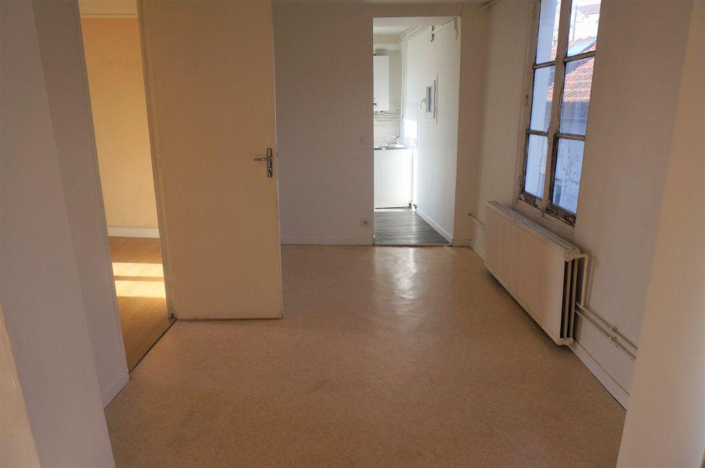 Appartement à vendre 3 70m2 à Pontoise vignette-3