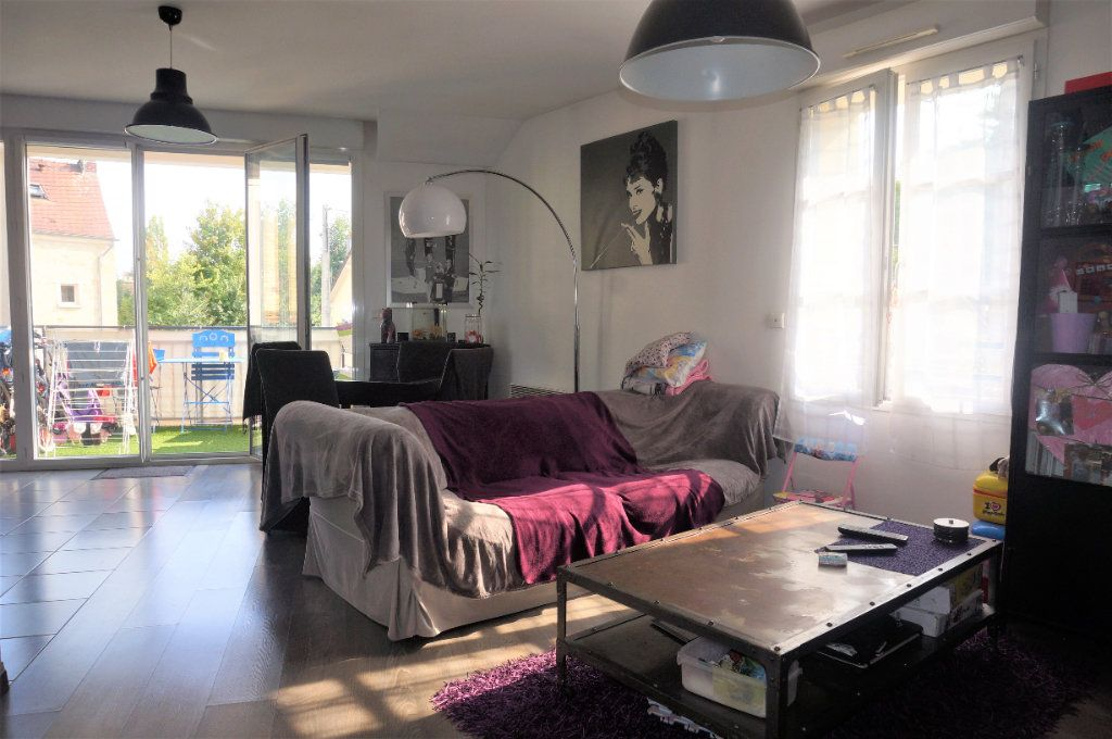 Appartement à vendre 3 61m2 à Pontoise vignette-1