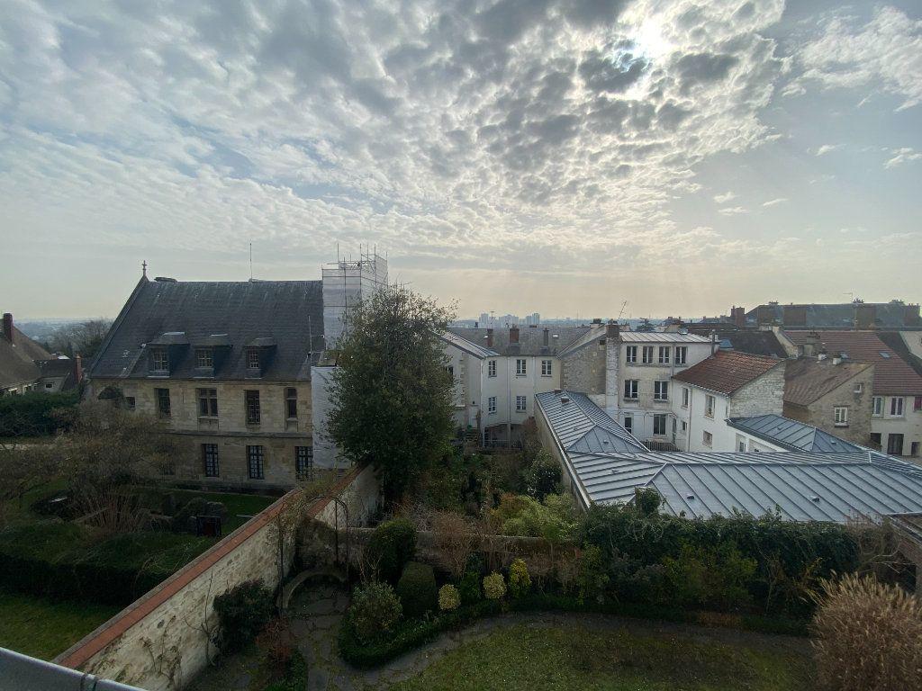 Maison à vendre 9 230m2 à Pontoise vignette-3