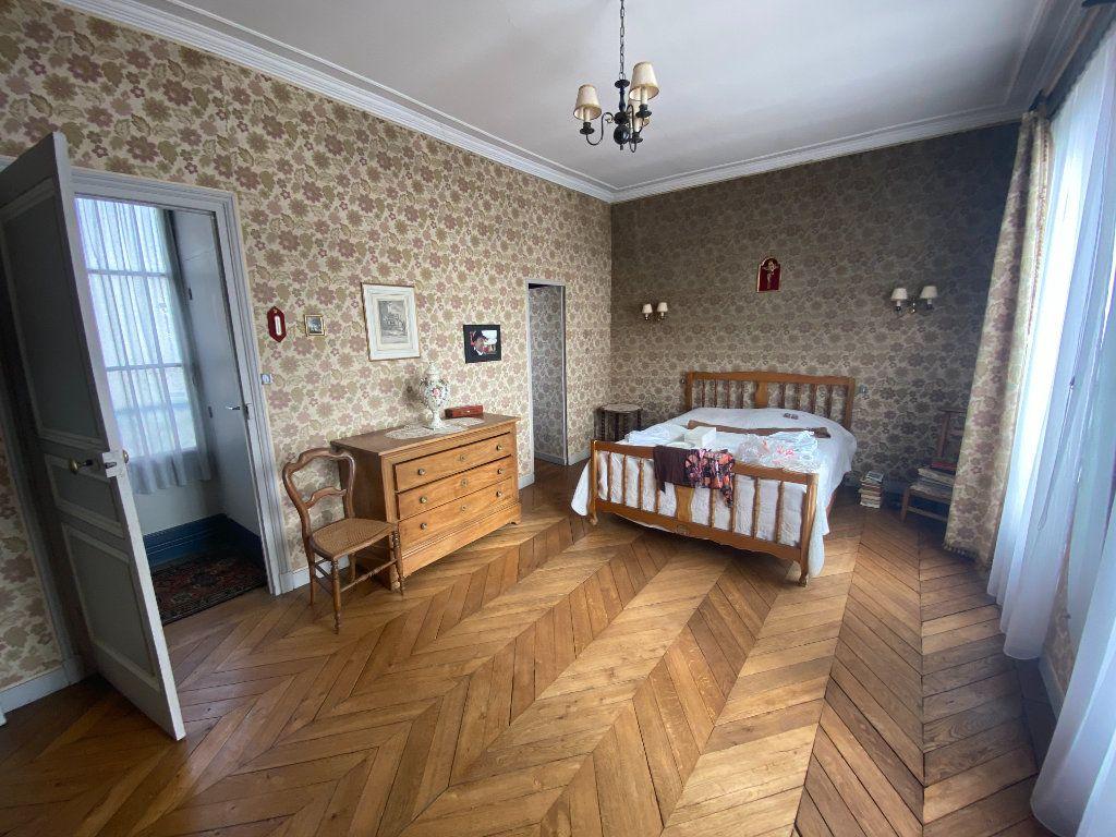 Maison à vendre 9 230m2 à Pontoise vignette-5