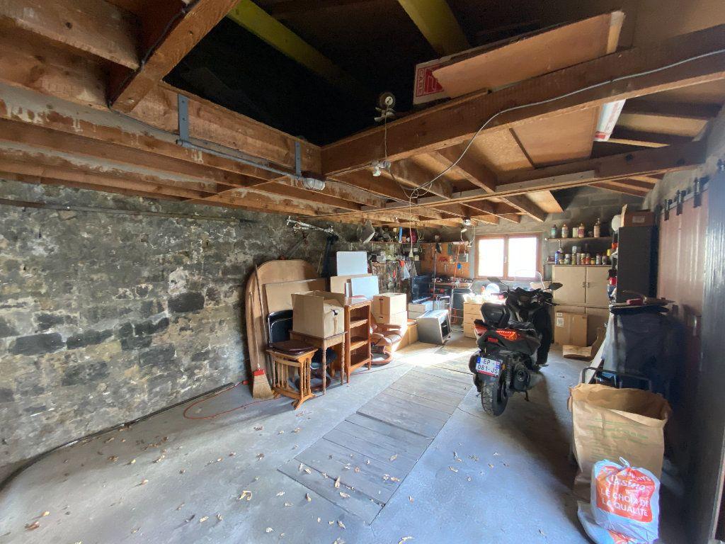 Maison à vendre 9 230m2 à Pontoise vignette-6