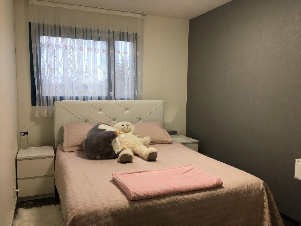 Appartement à vendre 3 61m2 à Saint-Ouen-l'Aumône vignette-5