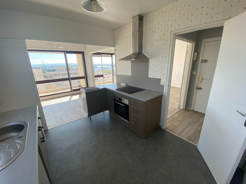 Appartement à vendre 4 89.32m2 à Pontoise vignette-3