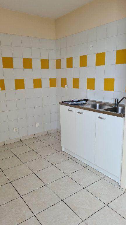 Appartement à louer 3 66.03m2 à Pontoise vignette-3