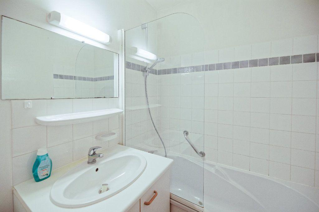 Appartement à vendre 1 19m2 à Cambo-les-Bains vignette-5
