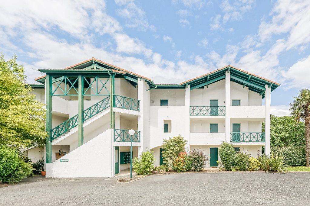 Appartement à vendre 1 19m2 à Cambo-les-Bains vignette-1