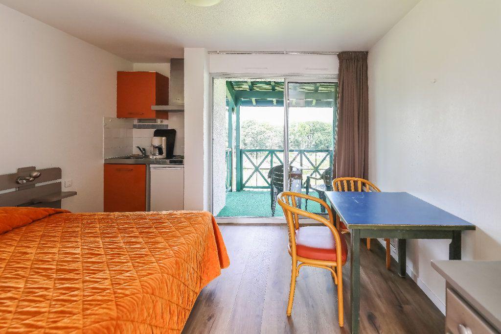 Appartement à vendre 1 19m2 à Cambo-les-Bains vignette-3