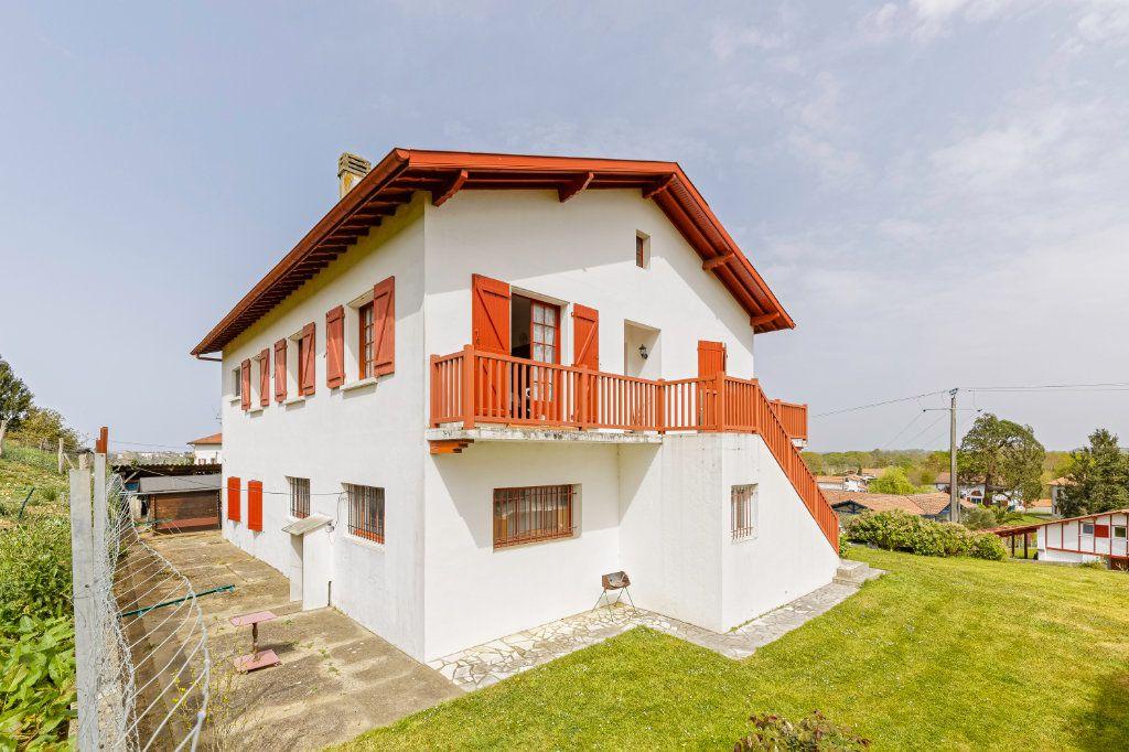Maison à vendre 8 177m2 à Villefranque vignette-1