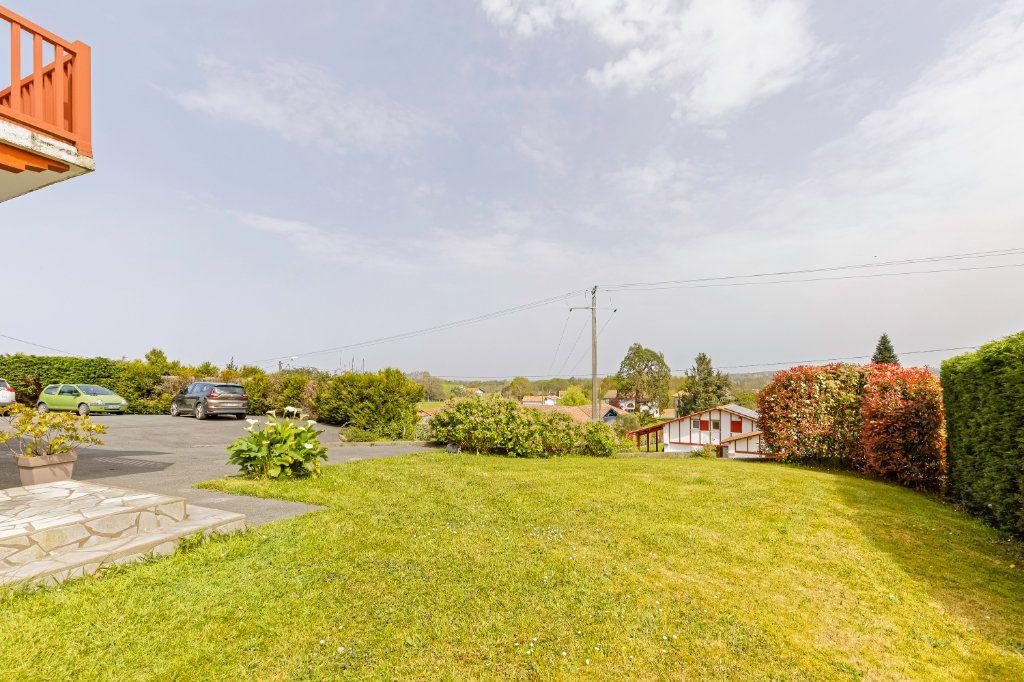 Maison à vendre 8 177m2 à Villefranque vignette-4
