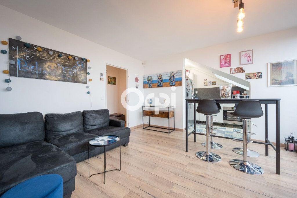 Appartement à vendre 2 29.62m2 à Armentières vignette-1