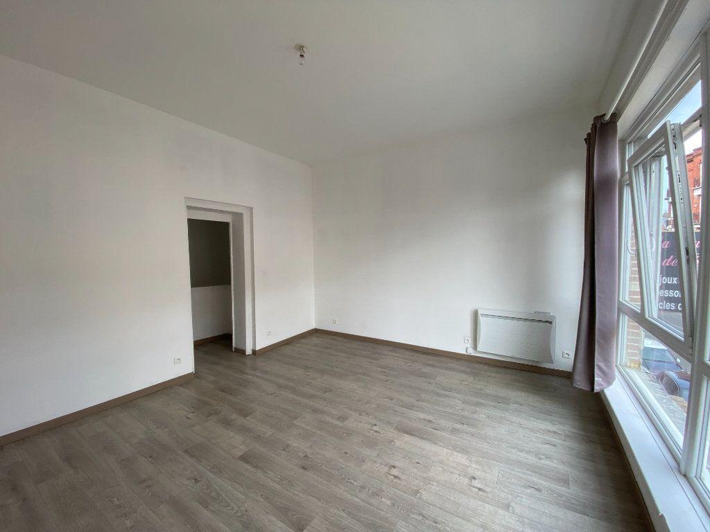 Appartement à louer 3 60m2 à Armentières vignette-5