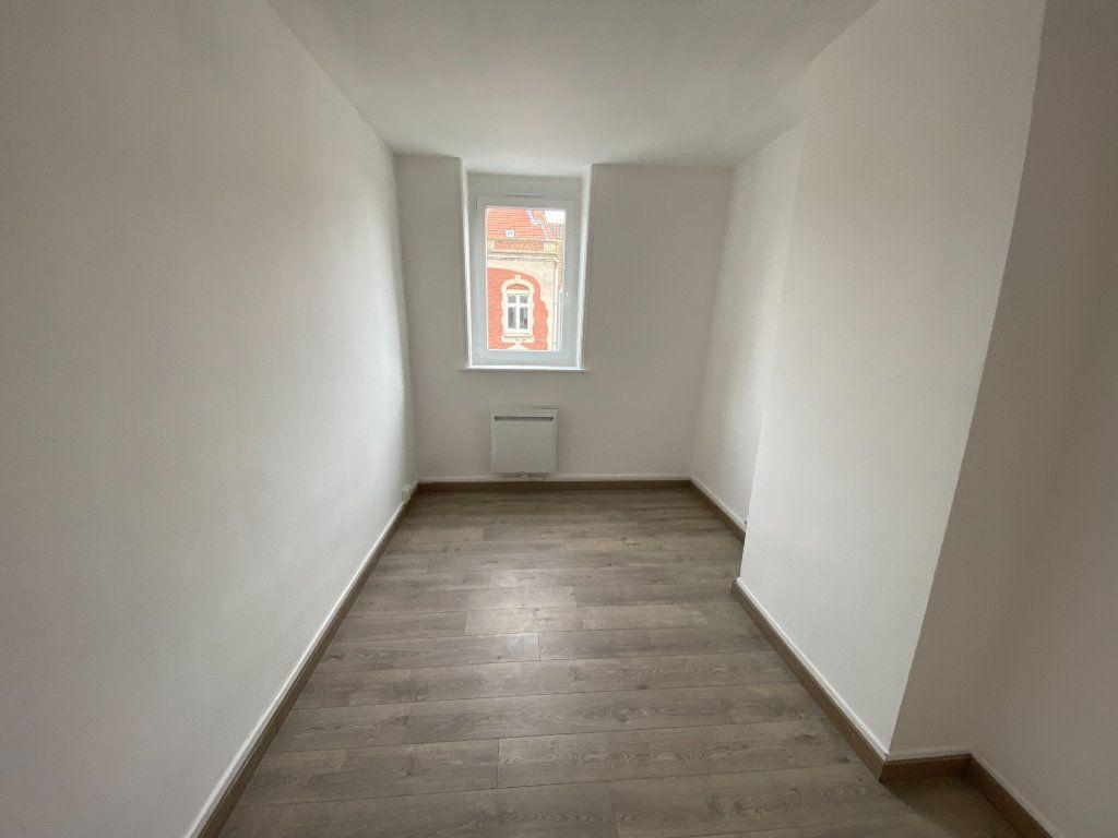 Appartement à louer 3 60m2 à Armentières vignette-6