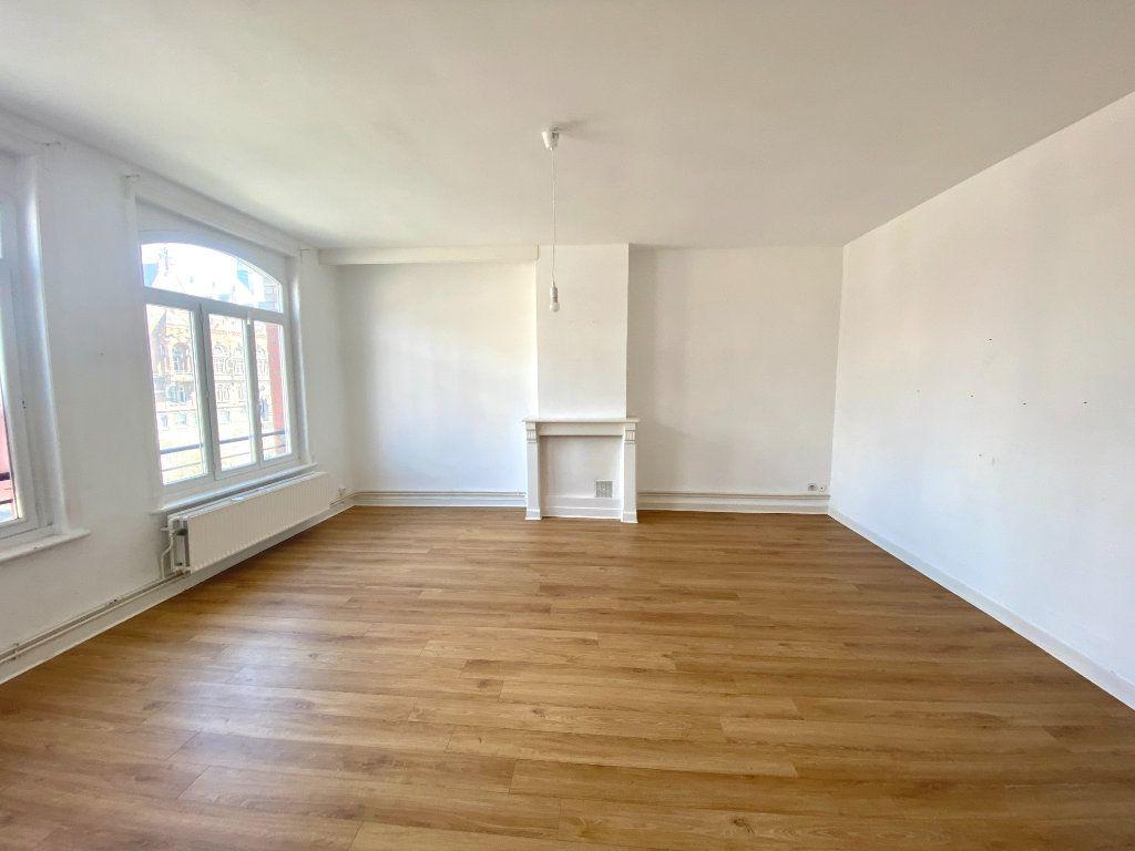 Appartement à louer 3 86m2 à Armentières vignette-1