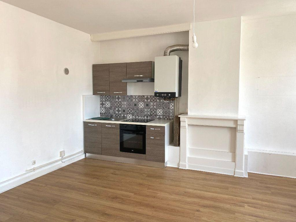 Appartement à louer 3 86m2 à Armentières vignette-2