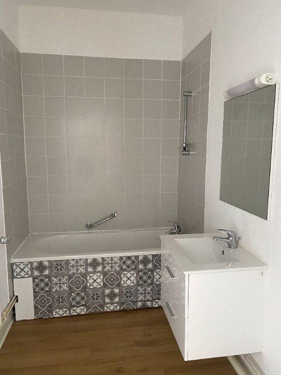 Appartement à louer 3 86m2 à Armentières vignette-4
