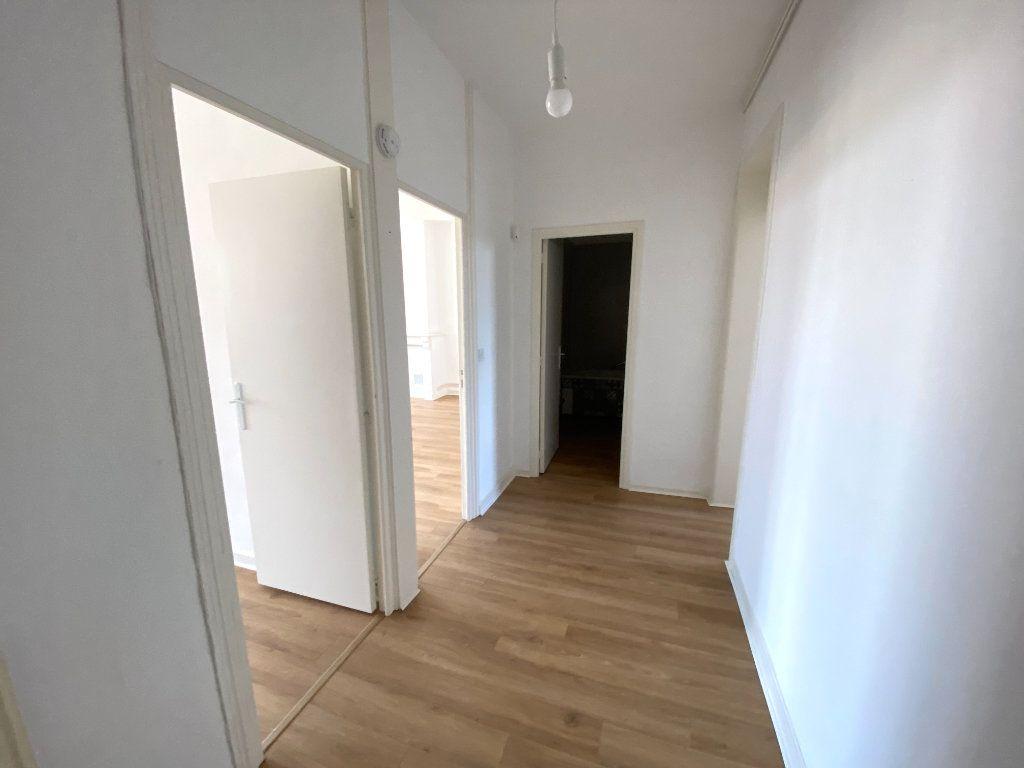 Appartement à louer 3 86m2 à Armentières vignette-6