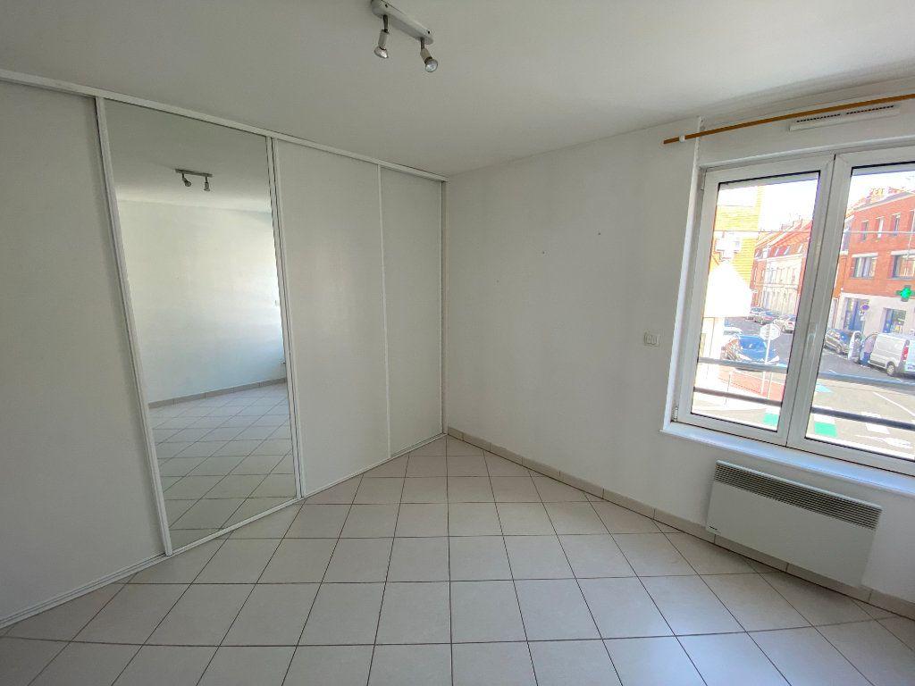 Appartement à louer 3 62m2 à Armentières vignette-3