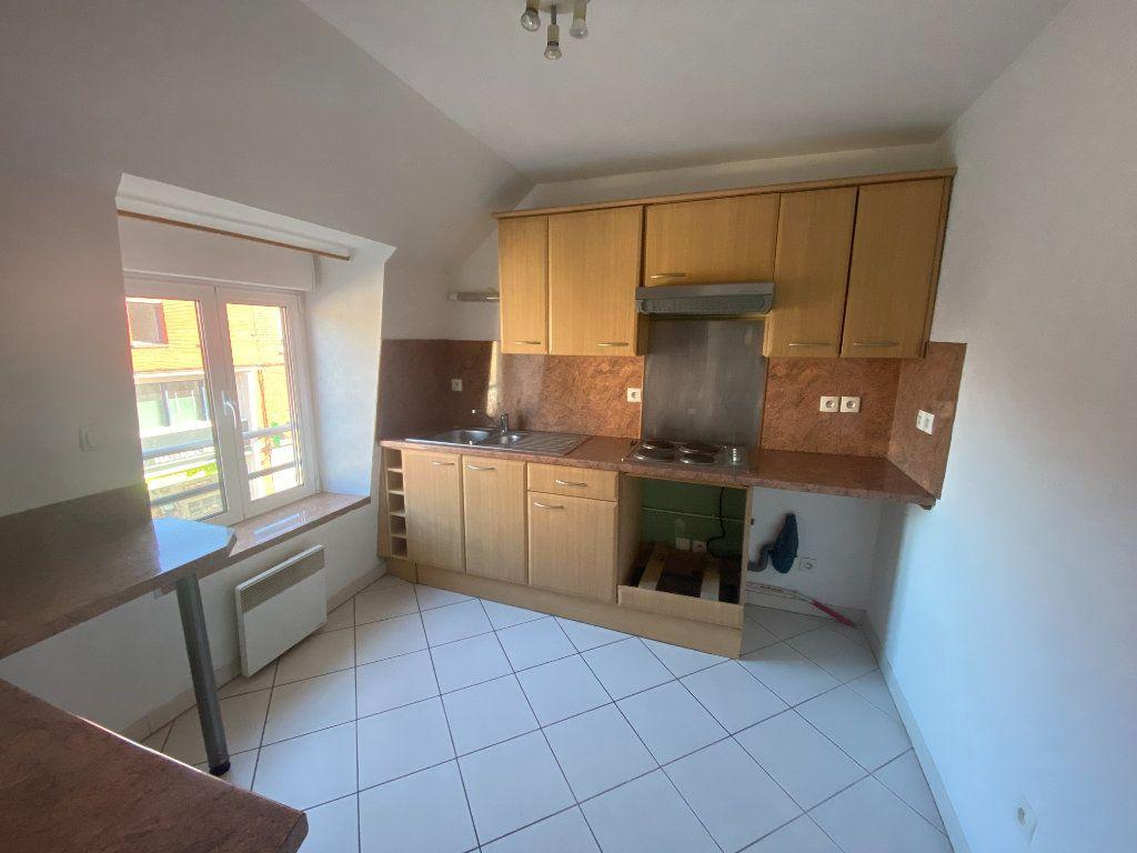 Appartement à louer 3 65m2 à Armentières vignette-3
