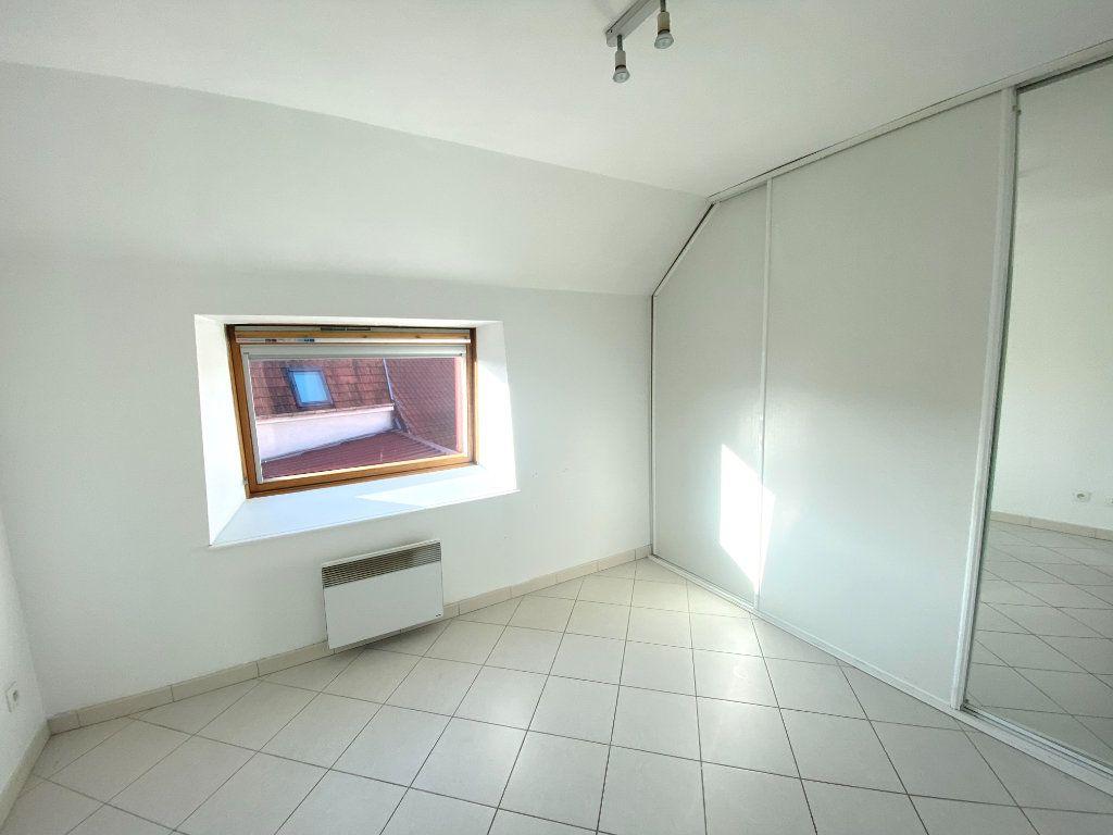 Appartement à louer 3 65m2 à Armentières vignette-5