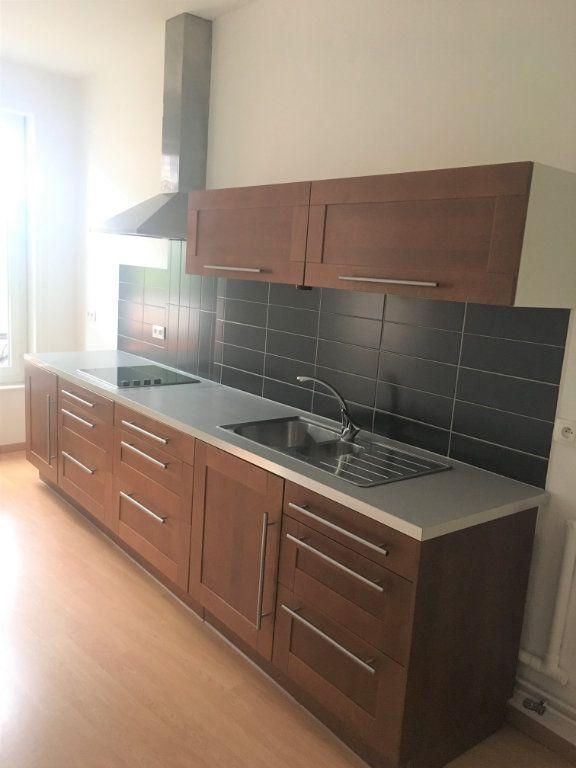Appartement à louer 3 80m2 à Armentières vignette-1