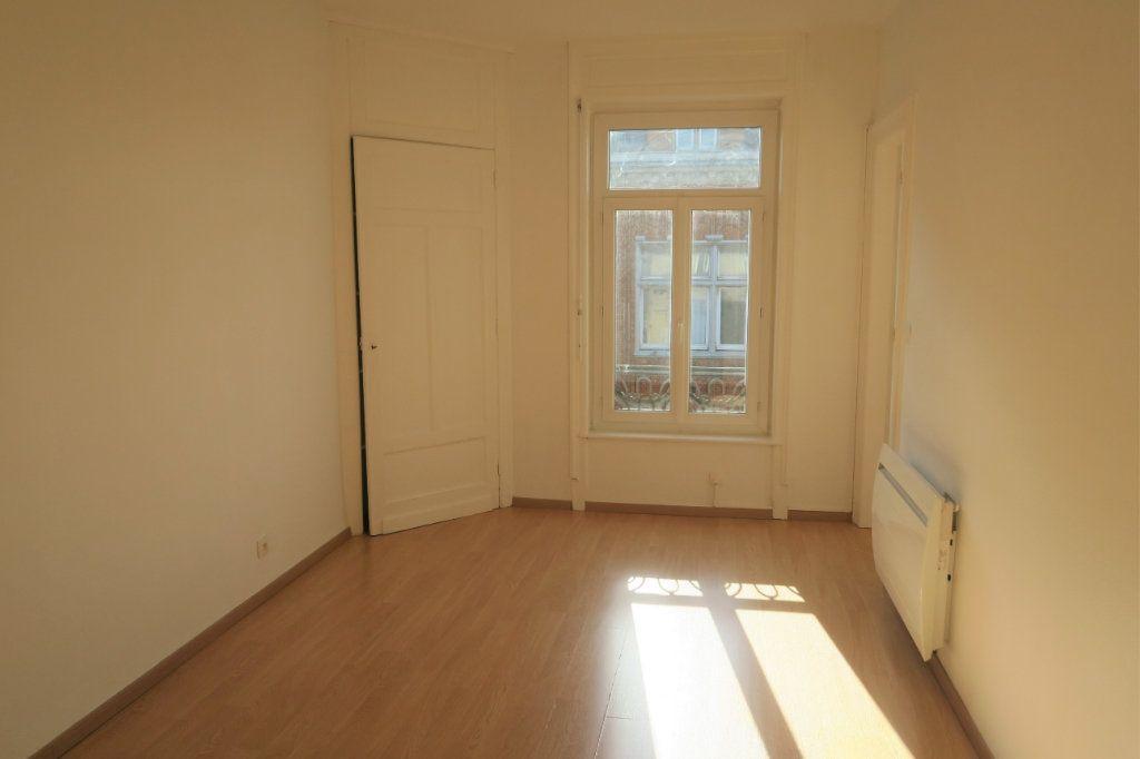 Appartement à louer 3 80m2 à Armentières vignette-5