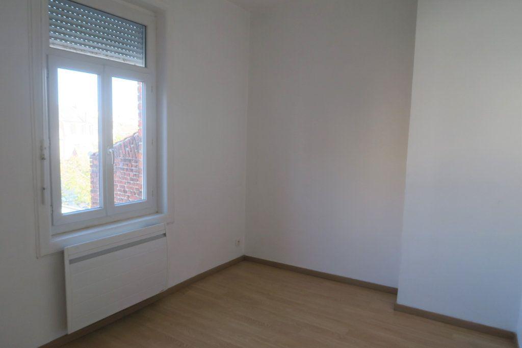 Appartement à louer 3 80m2 à Armentières vignette-6