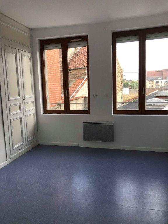 Appartement à louer 2 30m2 à Hazebrouck vignette-4