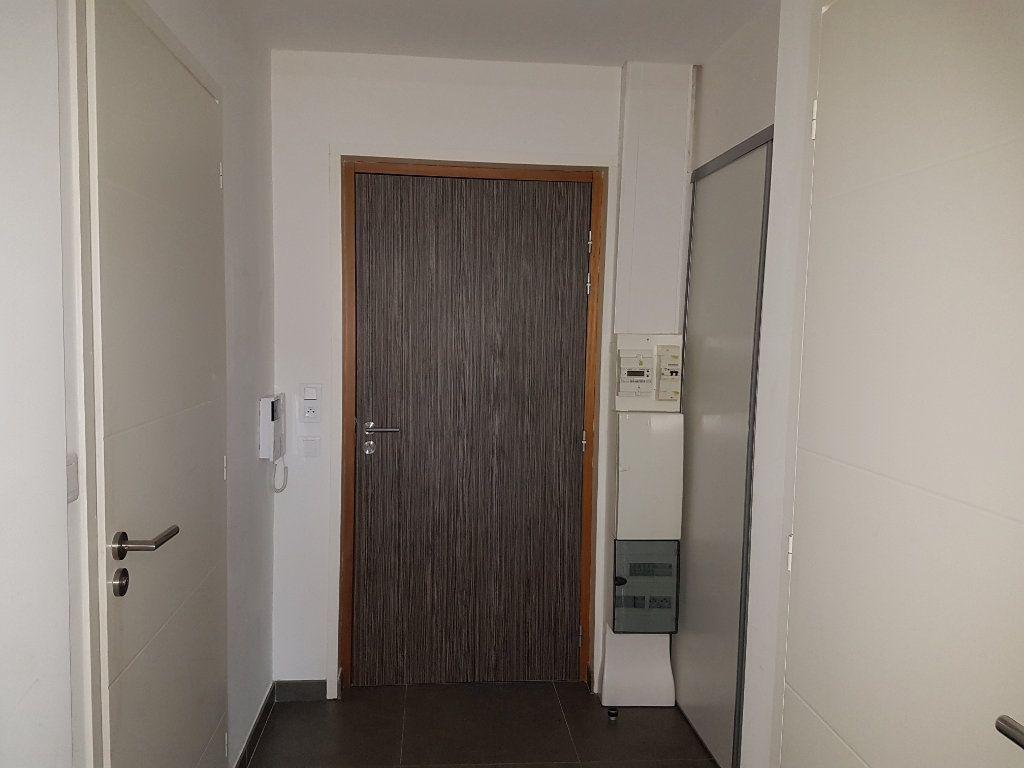 Appartement à louer 2 53m2 à Hazebrouck vignette-7