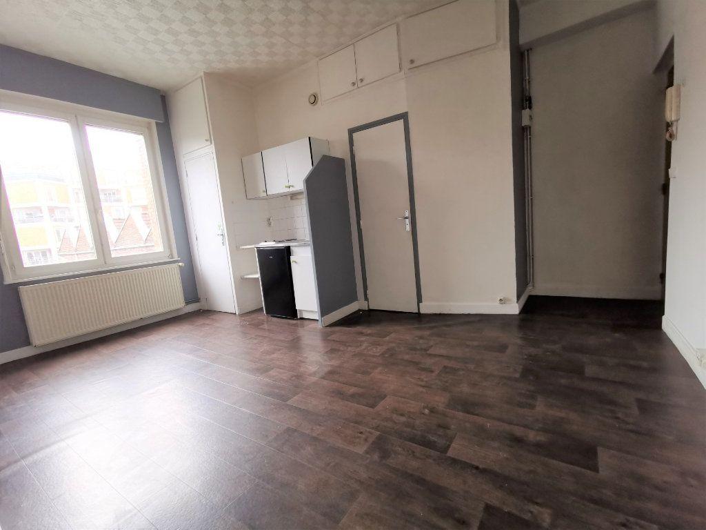 Immeuble à vendre 0 250m2 à Armentières vignette-1