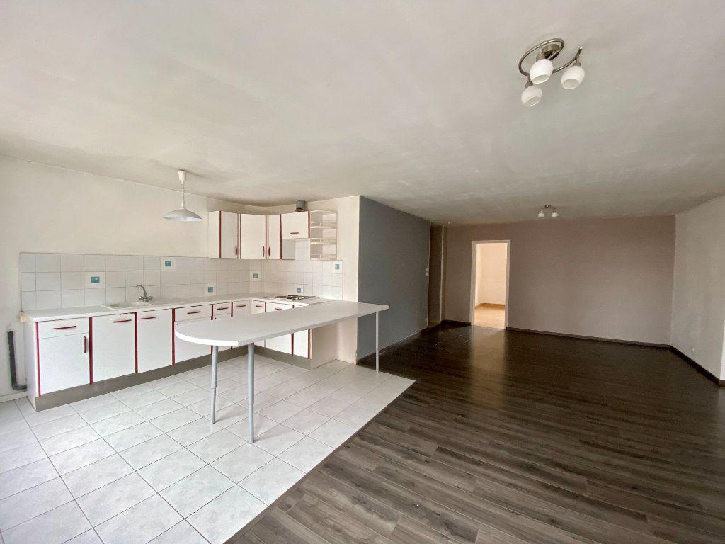 Appartement à louer 2 64m2 à Armentières vignette-1