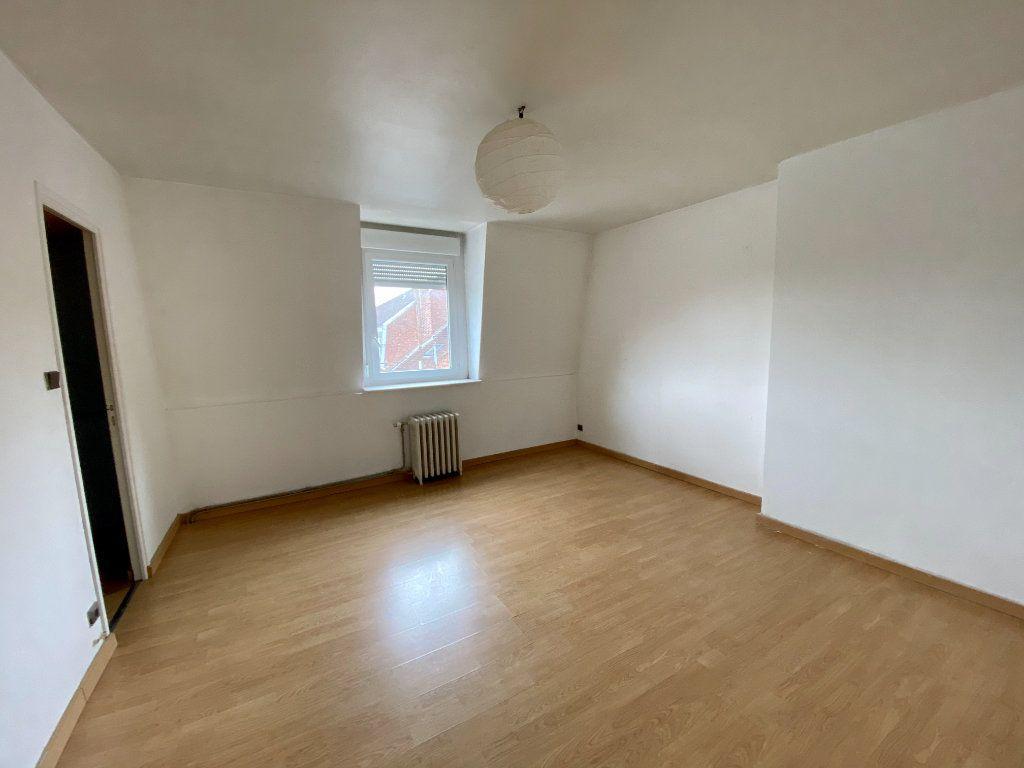 Appartement à louer 2 64m2 à Armentières vignette-3