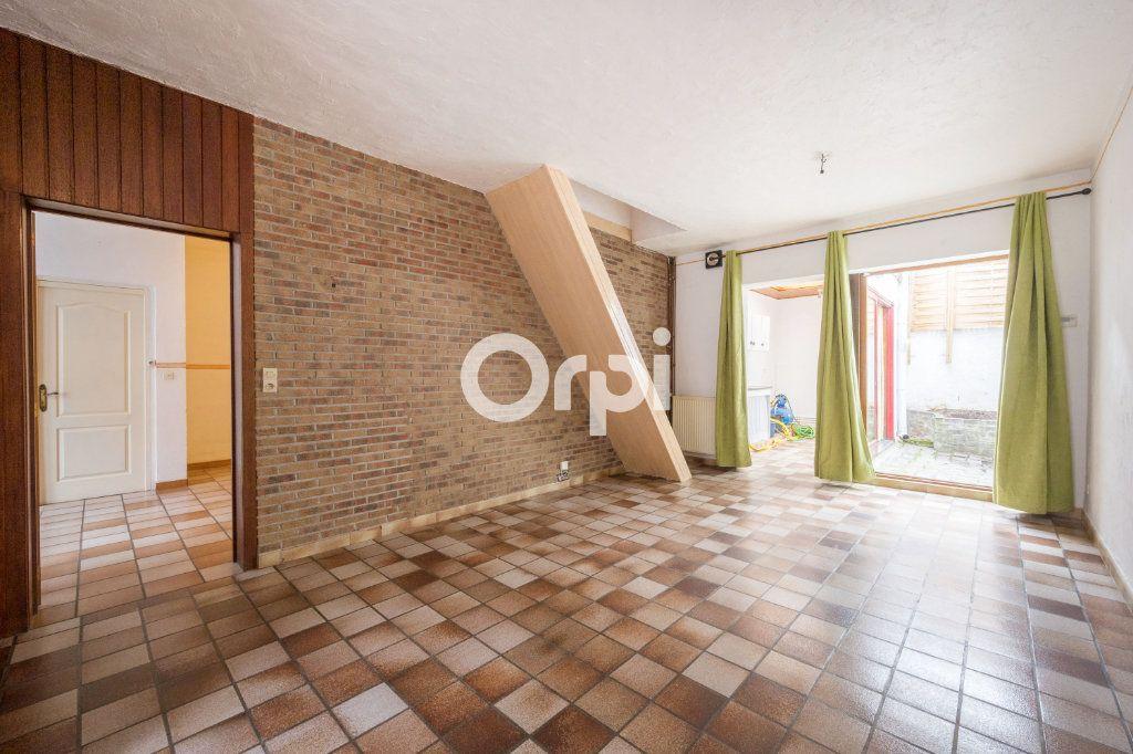 Maison à vendre 4 125m2 à Wattrelos vignette-2