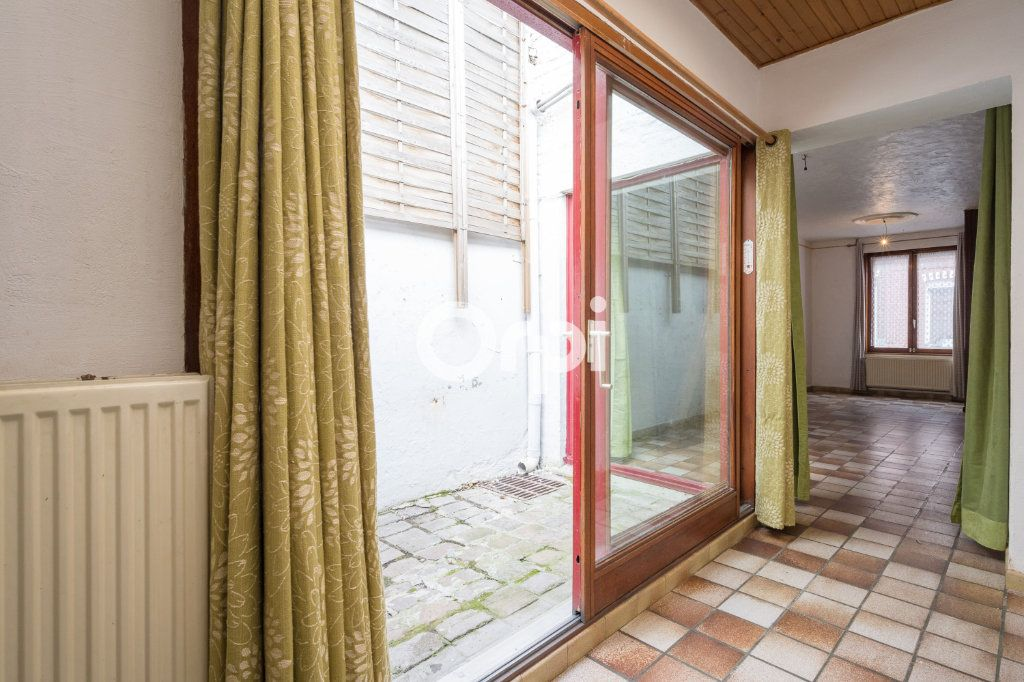 Maison à vendre 4 125m2 à Wattrelos vignette-5