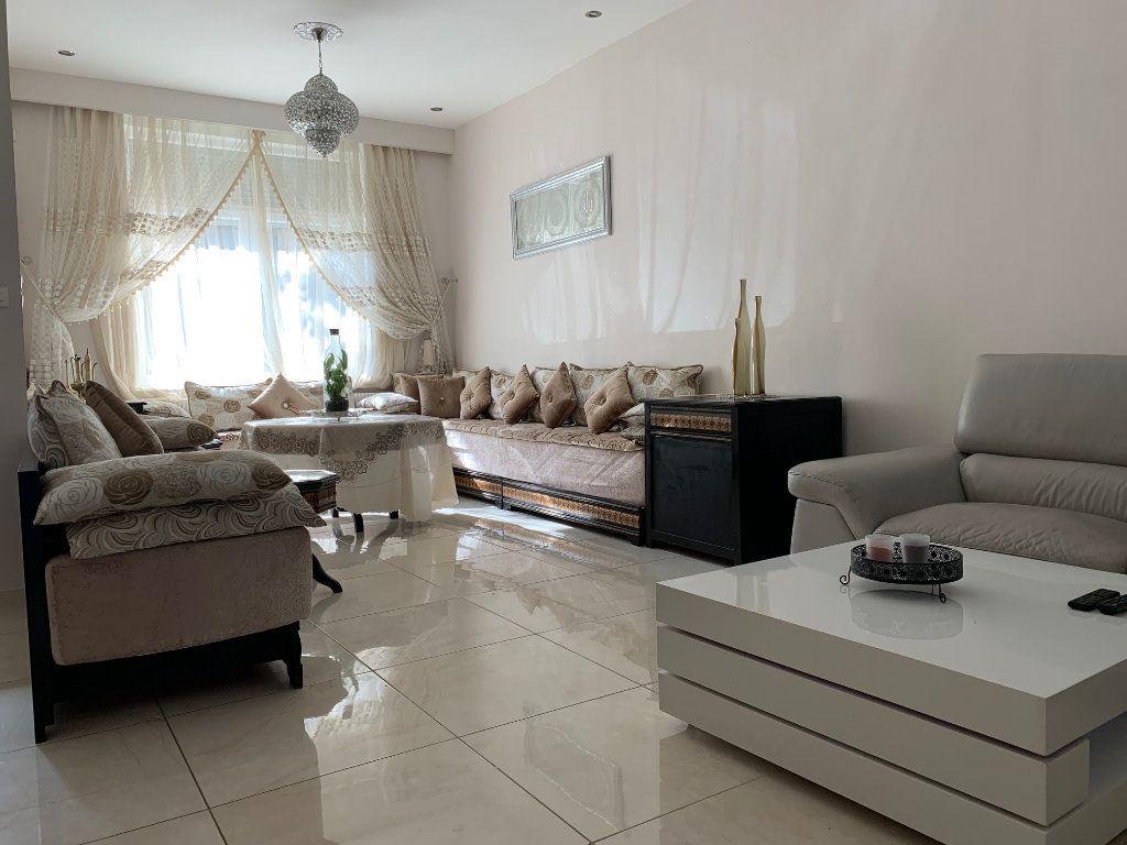 Maison à vendre 5 146m2 à Armentières vignette-1