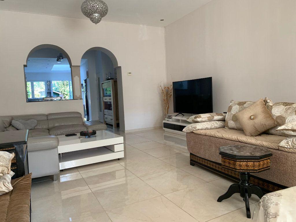 Maison à vendre 5 146m2 à Armentières vignette-3