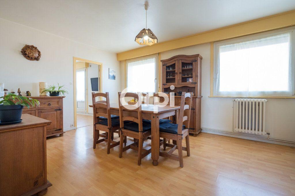 Appartement à vendre 4 75m2 à Armentières vignette-1