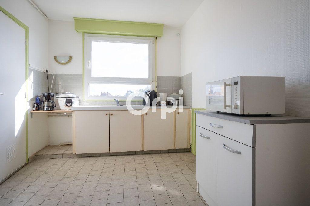 Appartement à vendre 4 75m2 à Armentières vignette-3