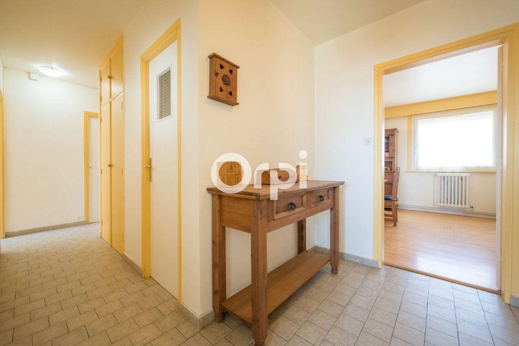 Appartement à vendre 4 75m2 à Armentières vignette-7