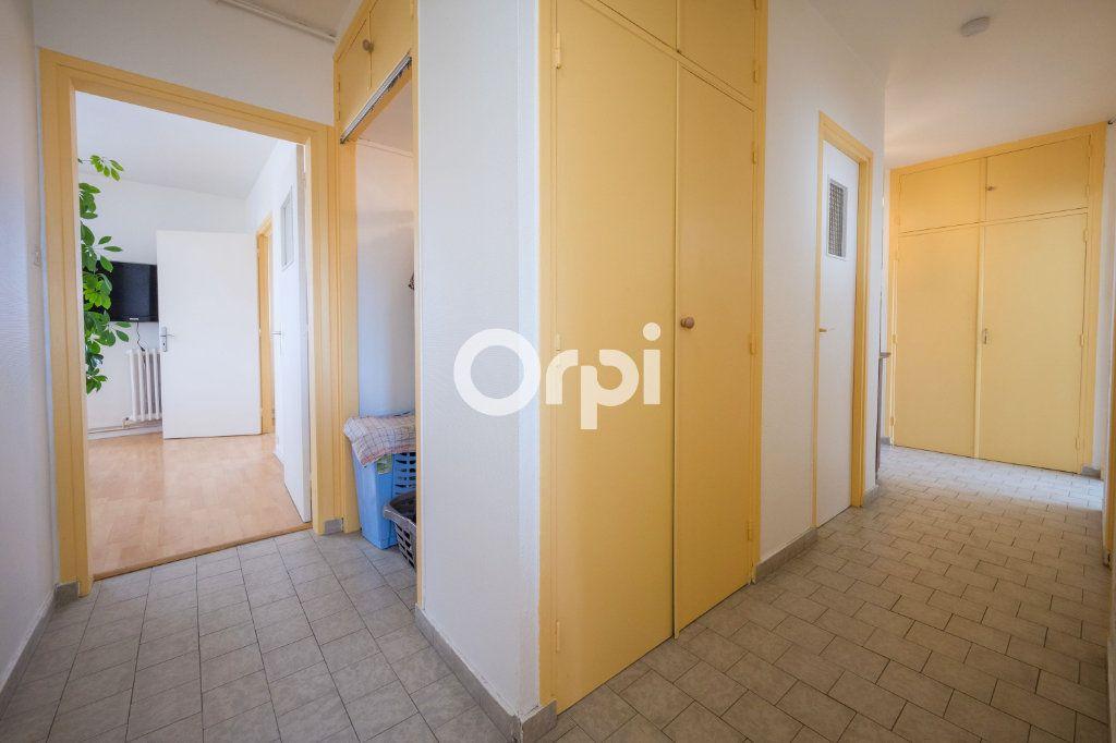 Appartement à vendre 4 75m2 à Armentières vignette-11